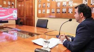 Ministro de Hacienda expuso el PGN 2022 ante jóvenes líderes universitarios