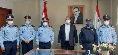 Gobernador se reúne con autoridades policiales para coordinar acciones