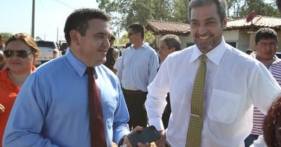 """La Nación / Petta sale de su """"cueva"""" y afirma estar alejado de Abdo Benítez"""