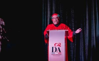 Dante recorrerá el Infierno hablando en guaraní, español e italiano