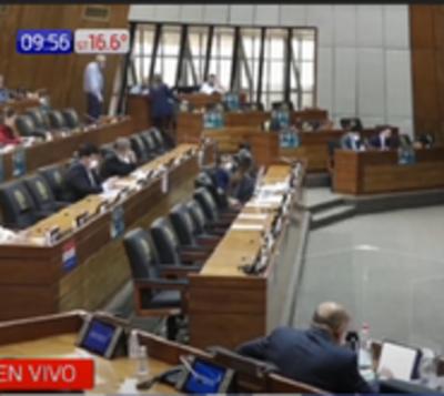 Diputados piden el retiro de placas conmemorativas de la dictadura