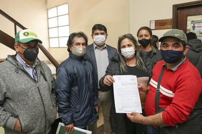 Indert agiliza transferencia de inmueble en beneficio de familias de Caaguazú