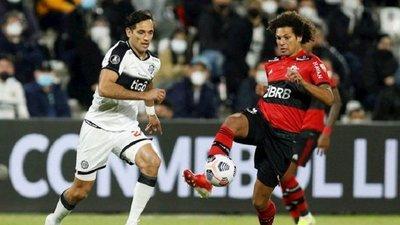 Fuerte multa a Olimpia por actos de racismo en partido contra Flamengo