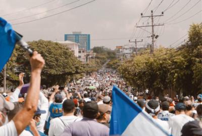 Masivas protestas en El Salvador, en contra del Gobierno de Bukele