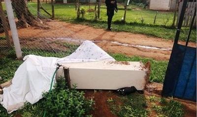 Consternación en Valle Pucú, Areguá: mujer muere aplastada por pilar de ladrillos