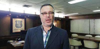 No habrían votos ni tiempo para intervención a la gestión del intendente asunceno, según concejal