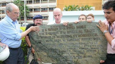 Discuten sobre placas stronistas y  dicen que ANR dejó un país en ruinas