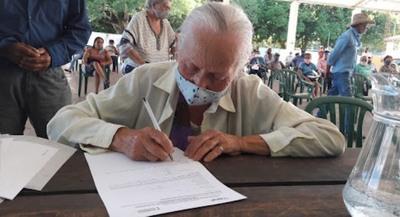Para acceder a pensión alimentaria los adultos mayores deben gestionar trámites