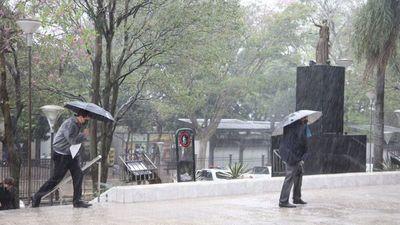 Se esperan lluvias y ocasionales tormentas eléctricas