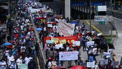Masivas manifestaciones contra Nayib Bukele en El Salvador