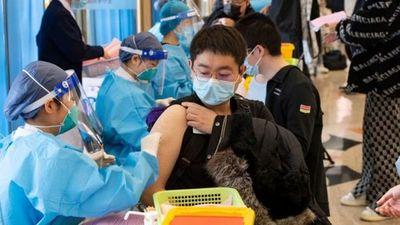 China ya vacunó con las dos dosis a más de mil millones de personas