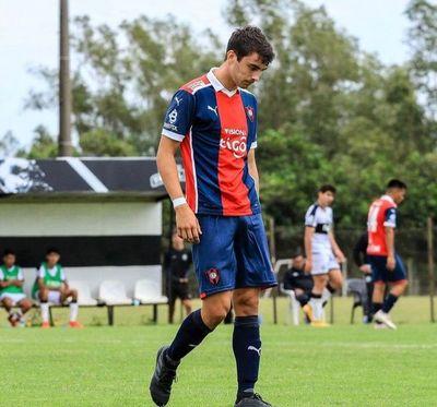 Santiago Dupuy: del golazo de mediacancha en el superclásico de la Sub 17 a ¿vestir la Albirroja?