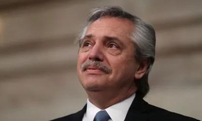 Unos 5 ministros renuncian y se agrava la crisis en el Gobierno argentino