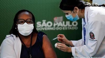 Brasil se pone al fin las pilas con la vacunación anticovid – Prensa 5