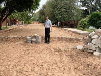 Gobernador Ronald Acevedo verifica obras en Bella Vista