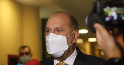 La Nación / Volvió Cachito y seguirá con acusaciones contra Galaverna