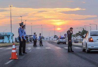 Perpetran robo a vehículo de transportadora utilizando falsa barrera policial