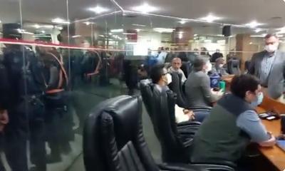 Con incidentes de fondo, se levantó sesión de la Junta Municipal de Asunción por falta de quórum