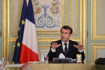 Francia suspendió a 3.000 trabajadores de la salud por no vacunarse contra el coronavirus