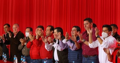 La Nación / La cúpula de la ANR lleva mensaje de unidad a los electores del departamento de Caazapá
