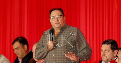 """La Nación / """"Unir al Partido Colorado tiene sus consecuencias"""", dice Alderete en Caazapá"""