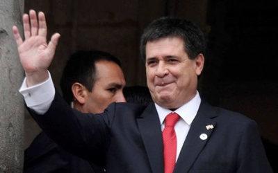 Presentan demanda por filiación contra Horacio Cartes