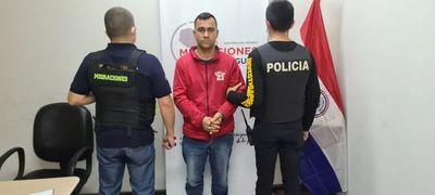 Expulsan a dos brasileños que tenían procesos pendientes en su país