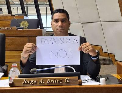 """Diputado """"antitapabocas"""" y """"antivacunas"""" quiere que MITIC cree red social sin censuras"""
