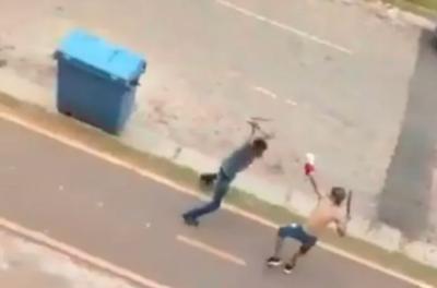 ¡De película! Dos hombres en San Francisco de Zeballos Cué se enfrentan con machetes (VIDEO)