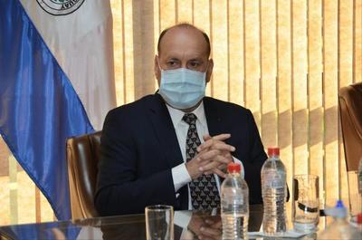 Senador Oscar Salomón analizará acción contra Galaverna por acusaciones sobre Conajzar