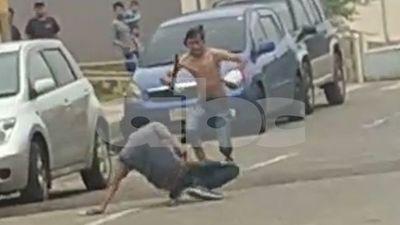 """Policía busca a autores de la pelea """"samurái"""" en Barrio San Francisco"""