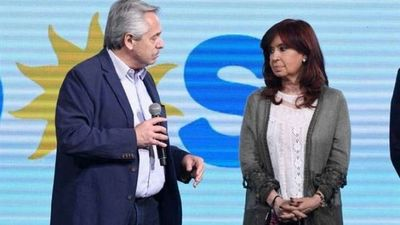 Con duras críticas a gestión de Fernández, vicepresidenta argentina pide cambio de gabinete