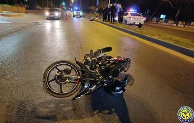 Un menor y una joven mueren en accidente de moto en Luque •