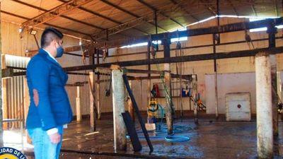 Disponen cierre temporal de un matadero en Luque