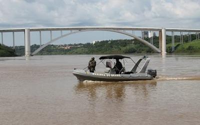 Efectivos de la Marina Brasilera se suman al control en la frontera