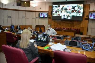 Tras idas y venidas, Senado aprueba endurecer los requisitos para servicios giros y otras transferencias digitales