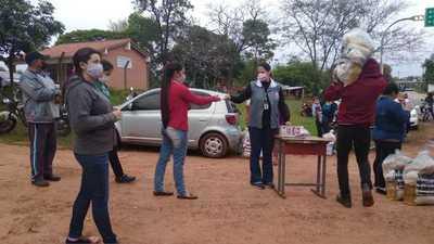 Gobernación entregó kits de alimentos en Santa Rosa del Mbutuy