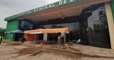 La Nación / Retiran carpa de contingencia en Hospital de Luque y reinician atención de consultas externas