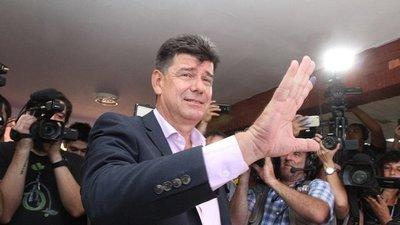 Efraín Alegre alega que el PLRA está libre de cuentas
