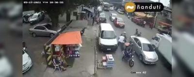 Detienen a tres personas tras intento de asalto en la zona del Mercado 4