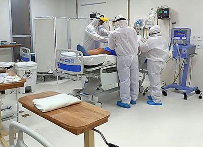 Terapistas apuntan a la formación de más profesionales para cubrir aumento del 300% de camas en Paraguay