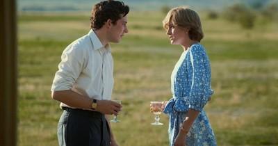 """La Nación / Netflix busca su primer Emmy principal con """"The Crown"""""""