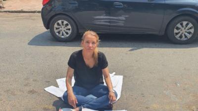 Médica sindicalista denuncia que la apartaron de cargo por represalias