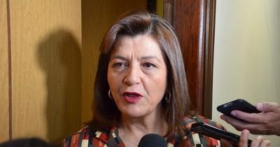 La Nación / Blanca Ovelar asegura triunfo de la ANR en los 13 distritos de Concepción