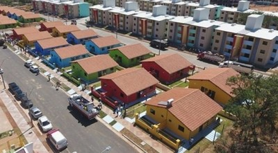 Miserable actitud del gobierno que dejó abandonado barrio modelo construido en época de Cartes