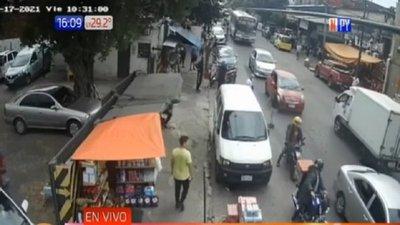 Atraco fallido en Mercado 4: Comerciantes capturaron a los delincuentes