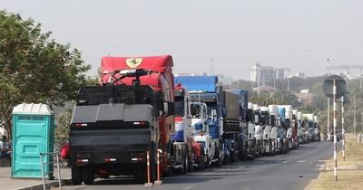 La Nación / Aportantes del sector transporte de carga se incrementaron en un 7,6%