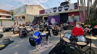 BaterAsu 2021 hará brillar a más  de 30  bateristas en el microcentro