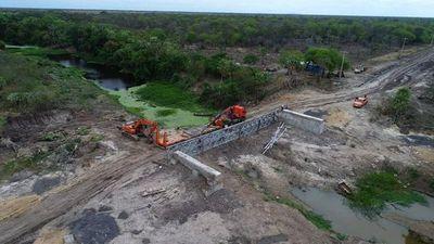 Tras quejas,  avanza construcción de puente  en el Chaco
