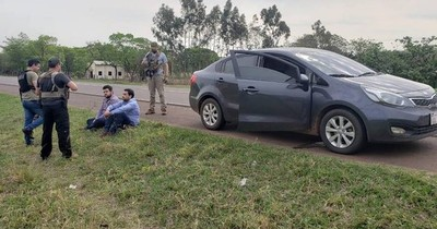La Nación / Detenidos movían cantidad de droga